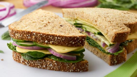 Soy Cheese, Onion & Spinach Sandwich Recipe Image